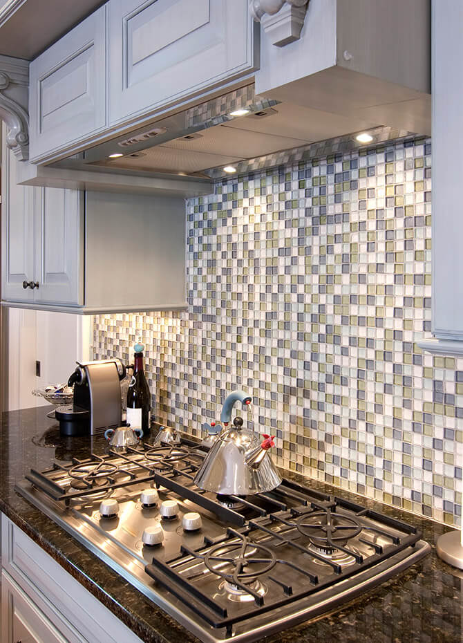 BACKSPLASH INSTALLATION CHICAGO