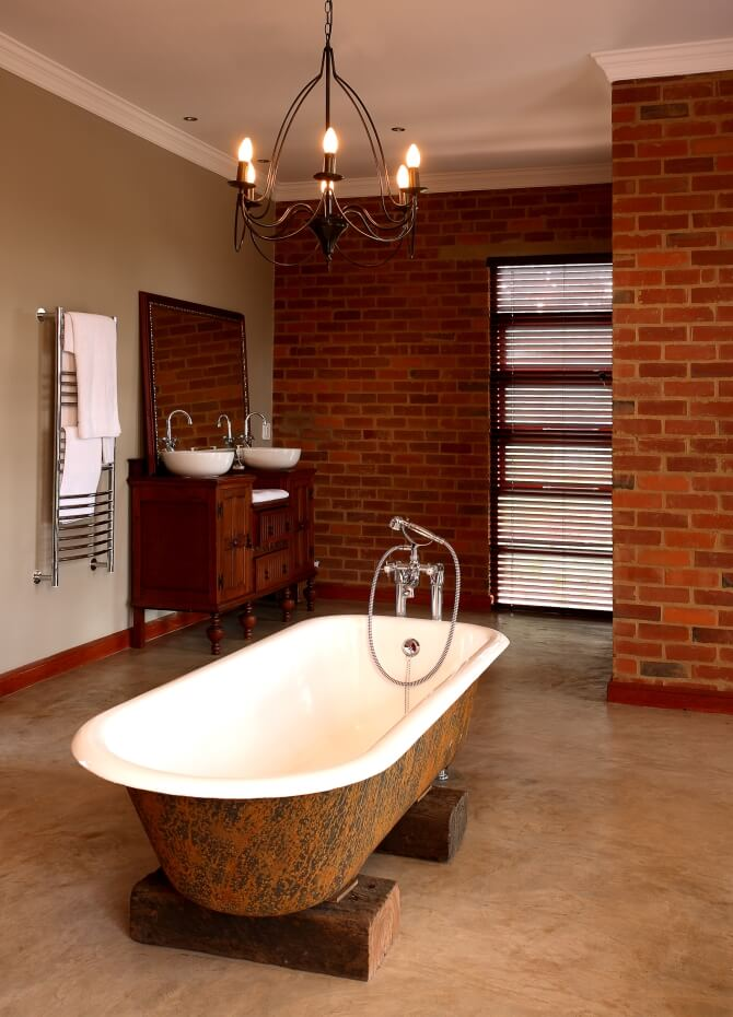 HOUSE BATHROOM REMODELING EVANSTON